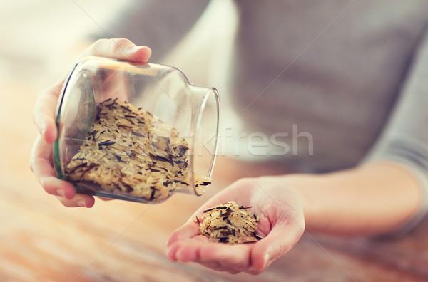 Stok fotoğraf: Kadın · kavanoz · beyaz · siyah · pirinç