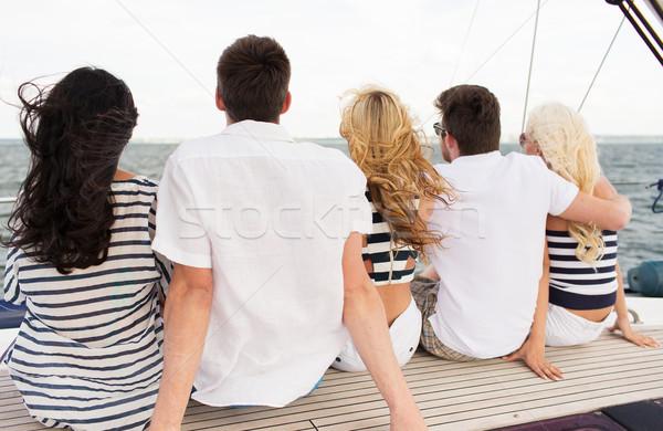 グループ 友達 座って ヨット デッキ 休暇 ストックフォト © dolgachov