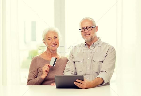 Stok fotoğraf: Mutlu · kredi · kartı · aile · teknoloji