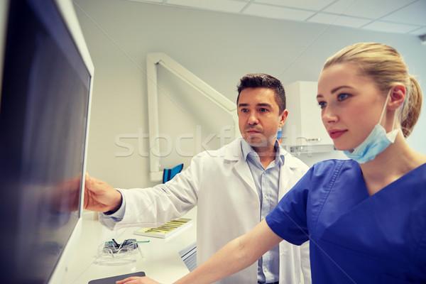 Стоматологи Xray контроля стоматологических клинике люди Сток-фото © dolgachov