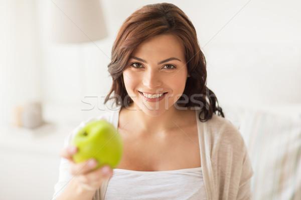 Stock foto: Lächelnd · Essen · grünen · Apfel · home