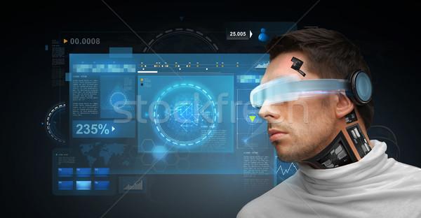 Hombre futurista gafas personas tecnología futuro Foto stock © dolgachov