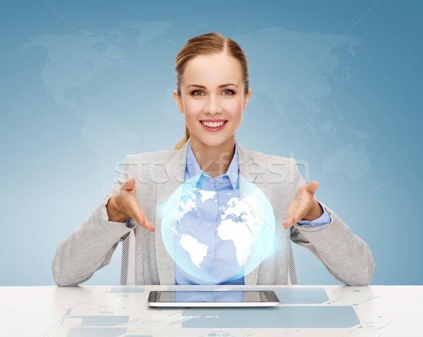 Gülen işkadını iş teknoloji Internet Stok fotoğraf © dolgachov
