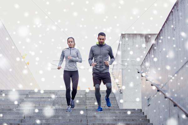 Couple marche fitness sport personnes Photo stock © dolgachov