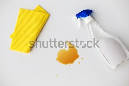 Limpeza trapo detergente spray mancha trabalhos domésticos Foto stock © dolgachov