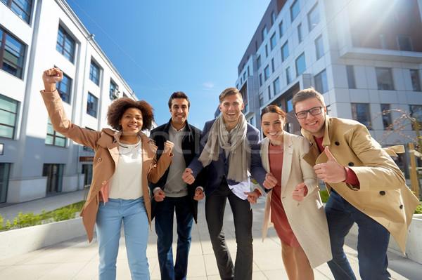 ストックフォト: グループの人々 · 市 · ビジネス · 教育