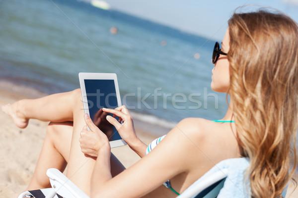 Stok fotoğraf: Kız · bakıyor · plaj · yaz · tatil