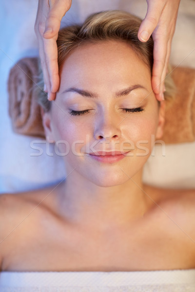 Mujer cara masaje spa personas Foto stock © dolgachov