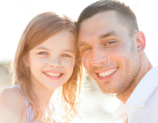 Stockfoto: Gelukkig · vader · kind · meisje · zomer