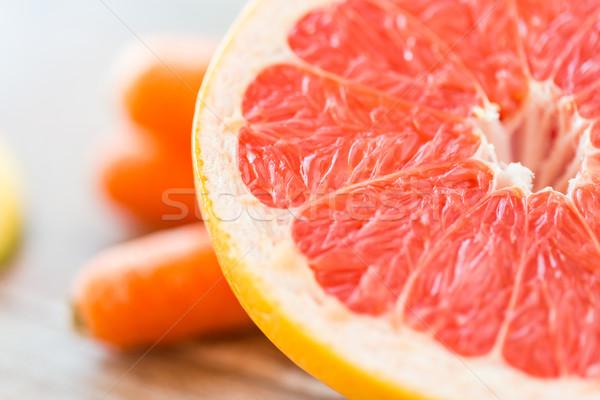 свежие сочный грейпфрут ломтик таблице Сток-фото © dolgachov