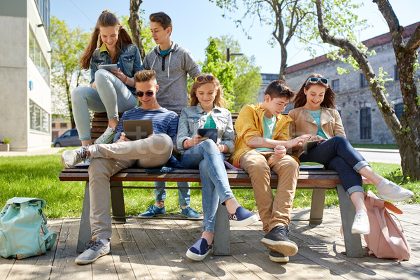 Groep studenten school onderwijs middelbare school Stockfoto © dolgachov