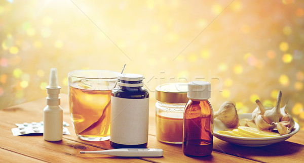 Drugs thermometer honing beker thee hout Stockfoto © dolgachov
