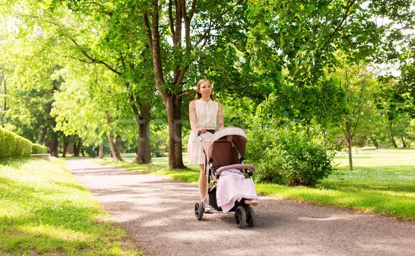 Stock fotó: Boldog · anya · gyermek · nyár · park · család