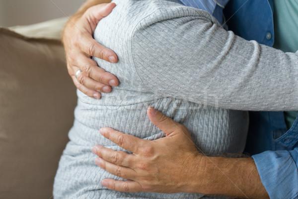 Közelkép házas idős pár ölel kapcsolatok házasság Stock fotó © dolgachov
