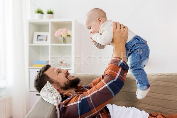 Stockfoto: Gelukkig · vader · weinig · baby · jongen · home