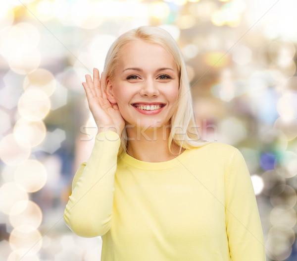 Sonriendo escuchar chismes comunicación personas Foto stock © dolgachov