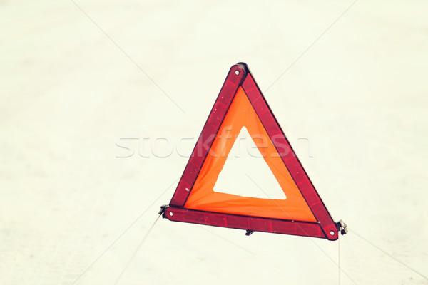 Avertissement triangle neige transport hiver Photo stock © dolgachov