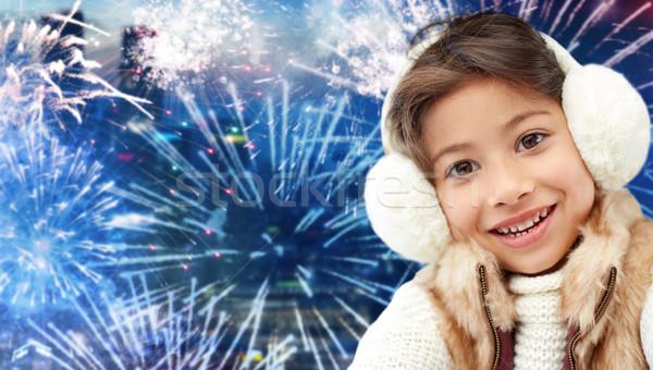 Zdjęcia stock: Szczęśliwy · dziewczynka · zimą · wakacje