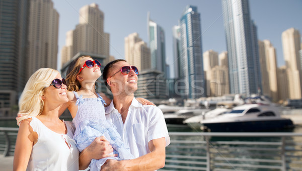 Gelukkig gezin Dubai straat zomer vakantie reizen Stockfoto © dolgachov