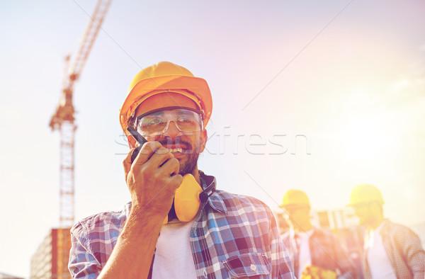 Constructor casco de seguridad industria edificio tecnología Foto stock © dolgachov