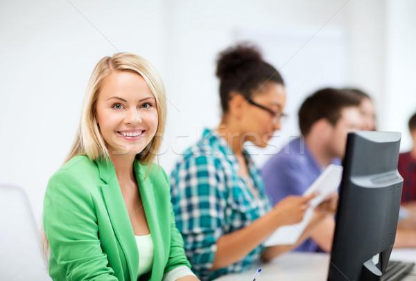 Stok fotoğraf: öğrenci · bilgisayar · eğitim · okul · eğitim · kız