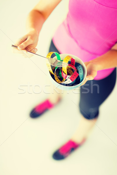 Kadın eller çanak spor Stok fotoğraf © dolgachov
