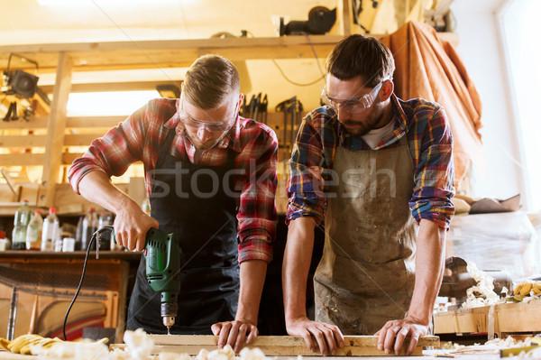 Boor boren plank workshop beroep timmerwerk Stockfoto © dolgachov
