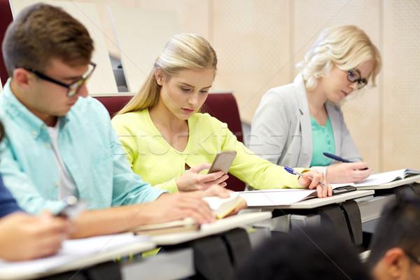 学生 少女 スマートフォン 講義 教育 高校 ストックフォト © dolgachov