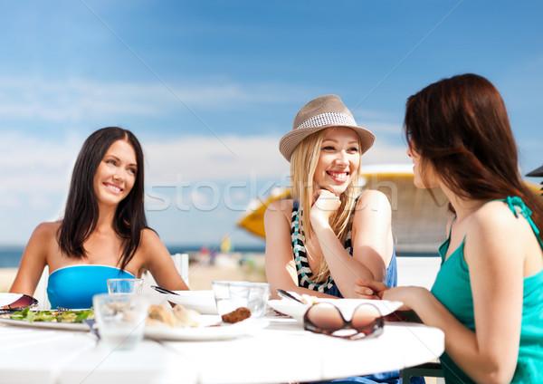 photo of girls преводач № 33308