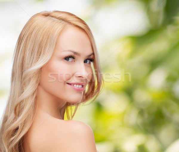 Visage heureux femme cheveux longs santé beauté Photo stock © dolgachov