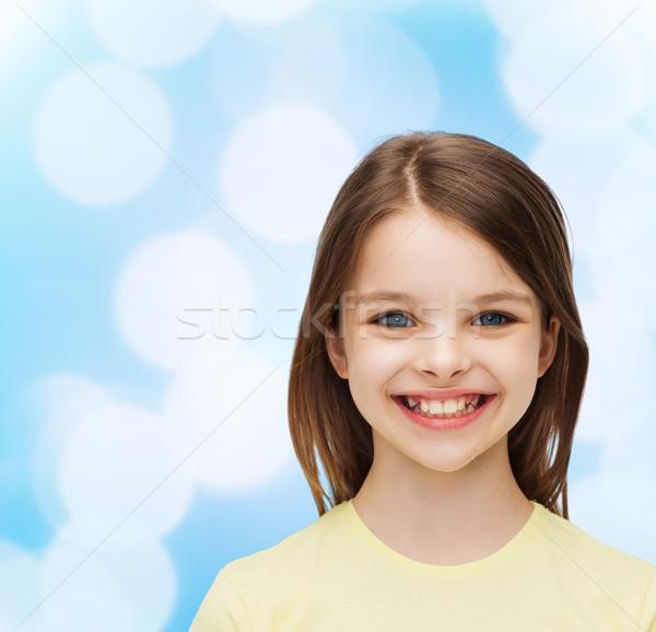 Uśmiechnięty dziewczynka biały szczęścia ludzi szczęśliwy Zdjęcia stock © dolgachov