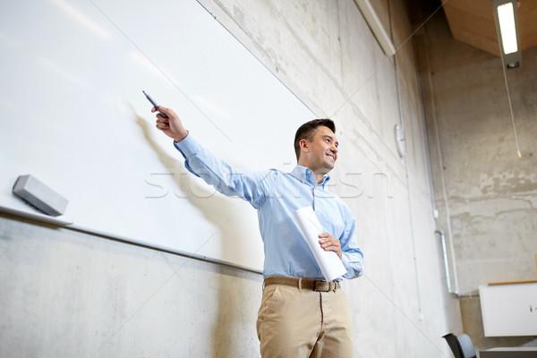 Professor indicação marcador palestra educação Foto stock © dolgachov