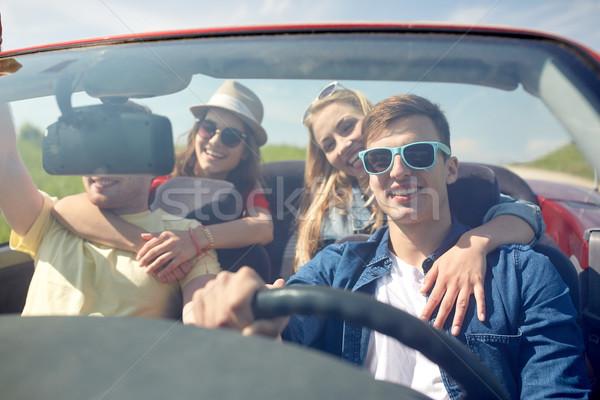 幸せ 友達 運転 二輪馬車 車 屋外 ストックフォト © dolgachov