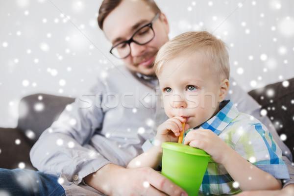отцом сына питьевой Кубок домой семьи детство Сток-фото © dolgachov