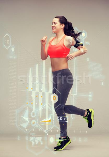 ストックフォト: スポーティー · 女性 · を実行して · ジャンプ · フィットネス · スポーツ