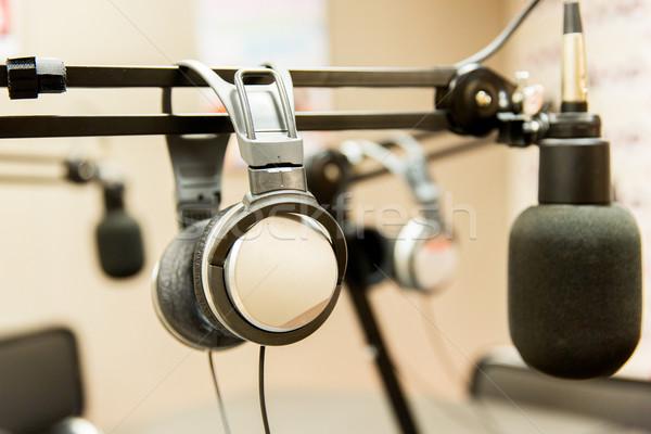 Słuchawki radio stacja technologii elektroniki Zdjęcia stock © dolgachov