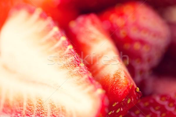 Soczysty świeże dojrzały czerwony truskawki plastry Zdjęcia stock © dolgachov