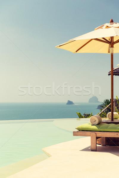 表示 無限 エッジ プール パラソル 海 ストックフォト © dolgachov