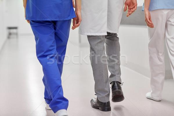 Сток-фото: группа · врачи · ходьбе · больницу · клинике · профессия