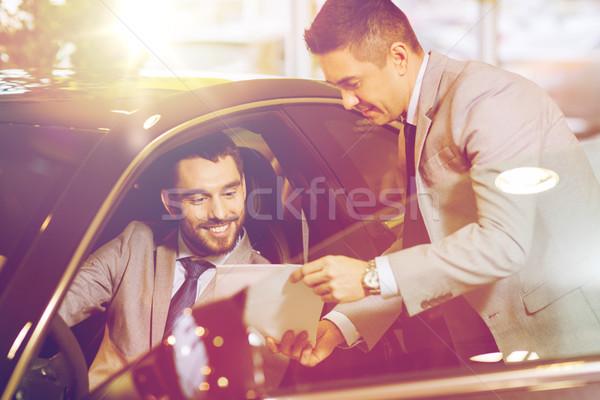 счастливым человека Автосалон Auto шоу салона Сток-фото © dolgachov