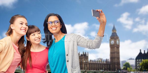 Międzynarodowych szczęśliwy kobiet Londyn podróży Zdjęcia stock © dolgachov