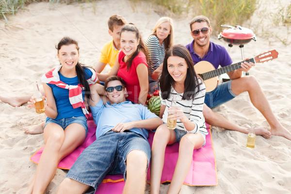 Foto stock: Grupo · amigos · guitarra · praia · verão