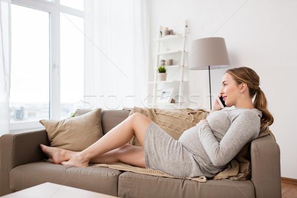 Photo stock: Heureux · femme · enceinte · appelant · smartphone · maison · grossesse