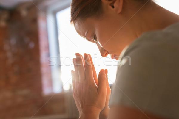 Foto stock: Mujer · meditando · yoga · estudio · religión