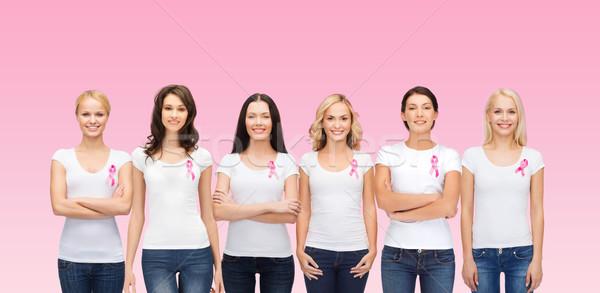 Zdjęcia stock: Uśmiechnięty · kobiet · różowy · raka · świadomość