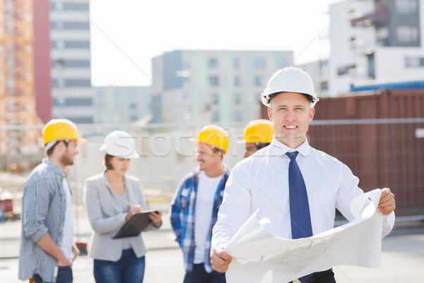 Groep bouwers blauwdruk business gebouw Stockfoto © dolgachov