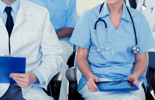 Heureux médecins séminaire hôpital éducation Photo stock © dolgachov
