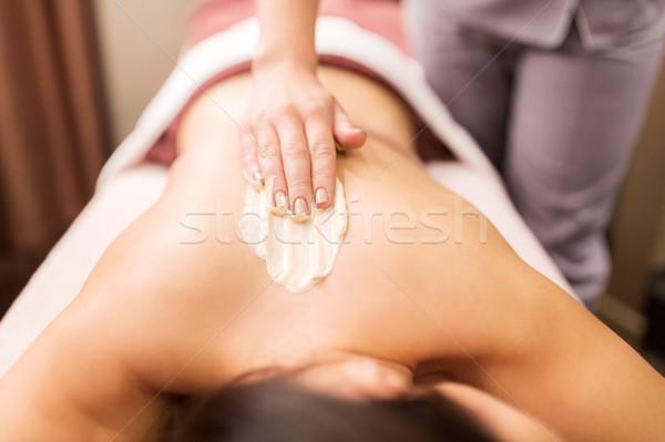 Vrouw Maakt een reservekopie massage room spa mensen Stockfoto © dolgachov