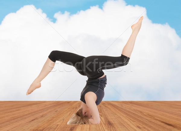 счастливым йога осуществлять спорт фитнес Сток-фото © dolgachov