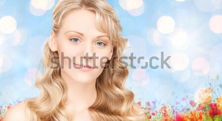 Belo mulher jovem cara cabelos longos beleza cuidados com os cabelos Foto stock © dolgachov